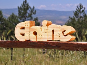 make gift with wooden puzzle